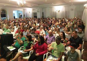 Sicredi reúne mais de 500 associados em assembleia