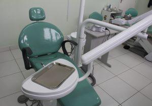 Quinze cadeiras odontológicas serão instaladas  nas Unidades de Estratégia de Saúde da Família