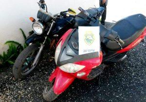 Denúncia leva a PM a localizar duas motos furtadas