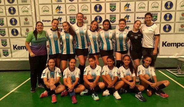 Equipe feminina de Palmeira participa do Paraná Handebol Cup