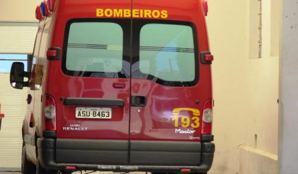 Bombeiros atendem três ocorrências e duas pessoas são encaminhadas ao Pronto Atendimento