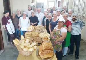 Witmarsum recebe curso gratuito de auxiliar de panificação, pães artesanais e confeitaria