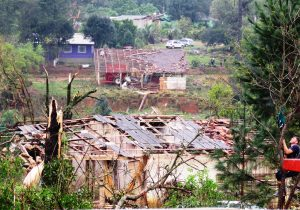 Temporal causa grandes estragos no interior de Palmeira