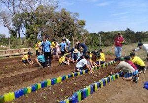 Escola do campo colabora em projeto de responsabilidade ambiental