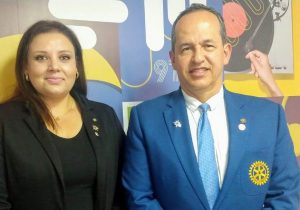 Palmeira recebe visita do governador do Rotary Internacional
