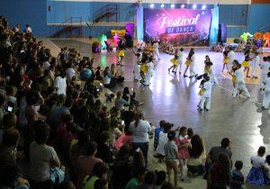 Público prestigia apresentações do 3° Festival de Danças