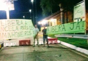 Motoristas do transporte coletivo de Palmeira manifestam em prol dos caminhoneiros