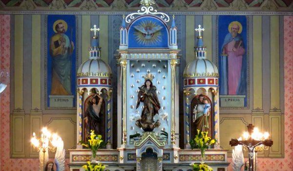 Pinturas de São Pedro e São Paulo foram descobertas durante restauração da Igreja Matriz