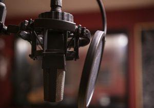 Pesquisa aponta que 74% dos ouvintes estão ainda mais sintonizados em sua emissora favorita