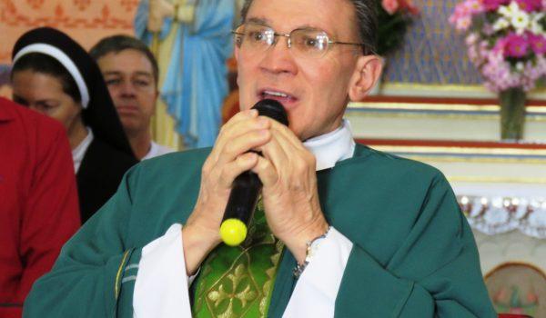 Padre Naves comenta sobre nova missão em Curitiba