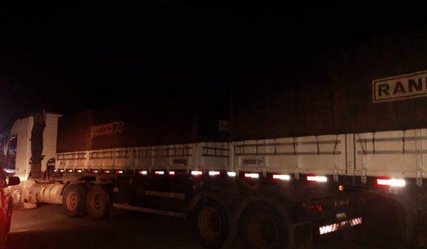 Polícia Militar de Palmeira recupera caminhão roubado na BR 277