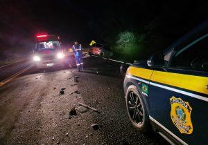 PRF atende acidente com duas vítimas em estado grave na BR 277, em Palmeira