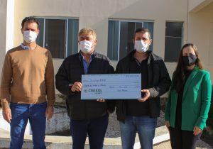 Santa Casa de Palmeira recebe doação de R$ 10 mil da Cresol