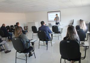 Secretários Municipais participam de palestra sobre Medicina do Trabalho