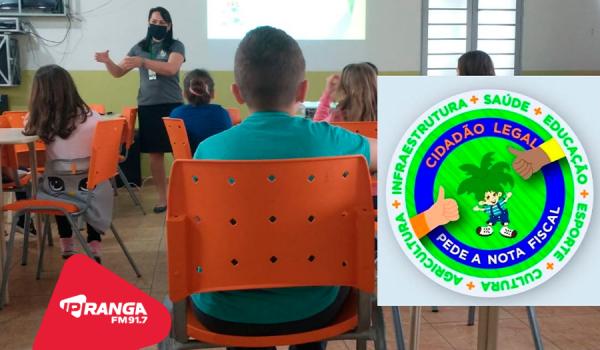 Escola Eurides Teixeira desenvolve projeto de conscientização a valorização do comércio local