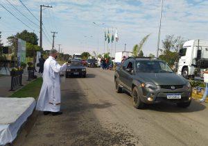 Festa dos Motoristas em louvor a São Cristóvão reuniu cerca de 1.500 veículos